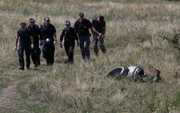 Группа международных экспертов покинула место крушения Боинга из-за стрельбы