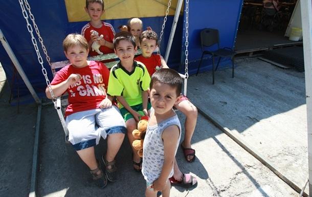 Горячие линии  для переселенцев: куда обращаться в Николаевской области