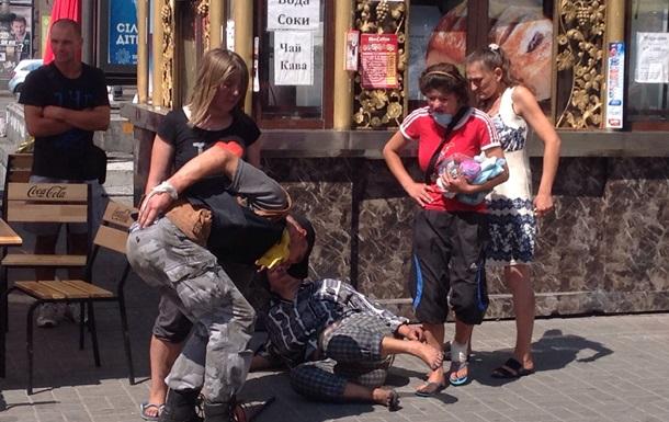Майдан  зачищают  от бомжей