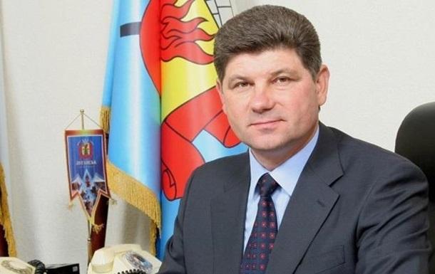 Задержанный  Айдаром  мэр Луганска ехал в Киев к руководству - горсовет