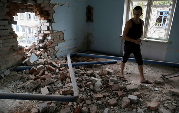 Фото обстрелянной колонии в Донецке, из которой сбежала сотня заключенных