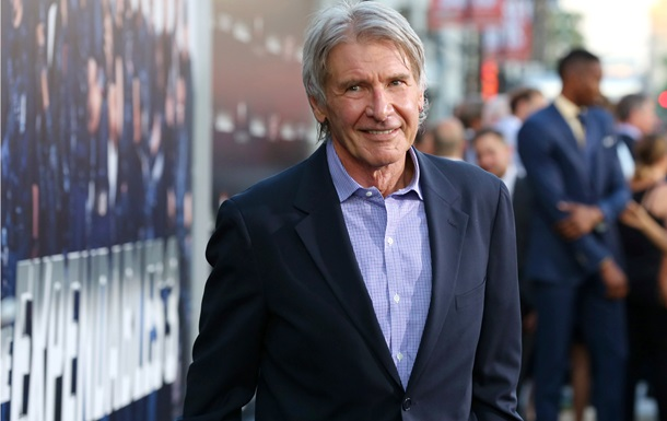 Прерванные из-за травмы Харрисона Форда съемки новых  Звездных войн  возобновятся уже в августе