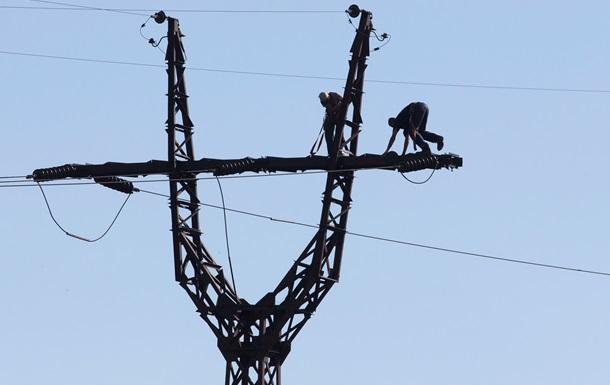 В Славянске электрики подорвались на снаряде