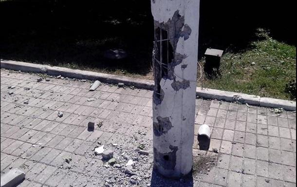 Макеевский железнодорожный вокзал попал под обстрел