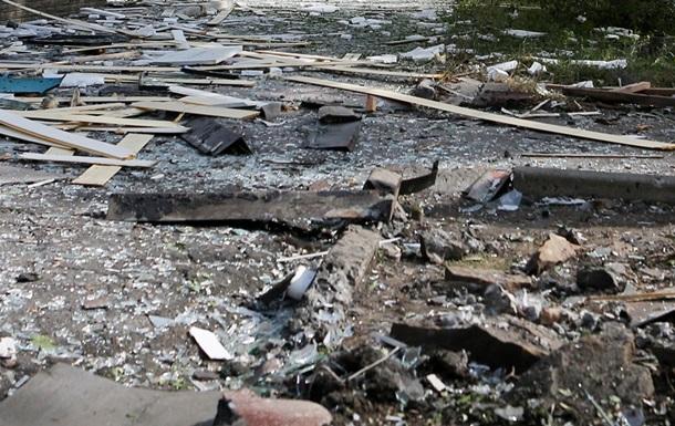 Снаряд попал в здание Макеевской колонии, есть жертвы