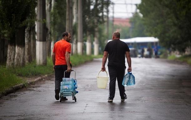 В пяти районах Донецка появилась вода