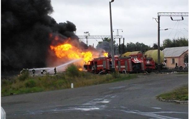 Пожар поезда в Черкасской области локализован, сгорели 25 домов