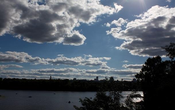 На выходных в Украине сохранится прохладная погода, местами пройдут дожди