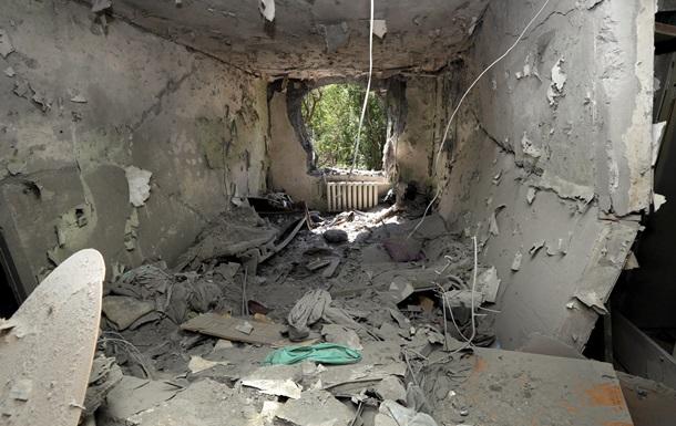 В Донецке рвутся снаряды в центре и на окраинах