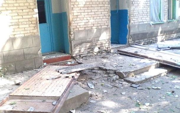 Взрыв в больнице Новоазовска: пострадали четыре медработника