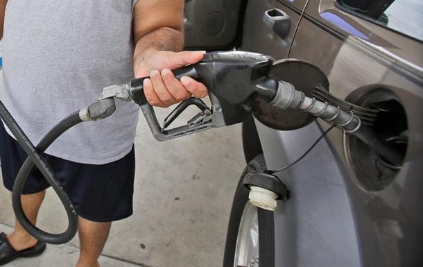 В Украине цена на бензин перевалила за 18 гривен