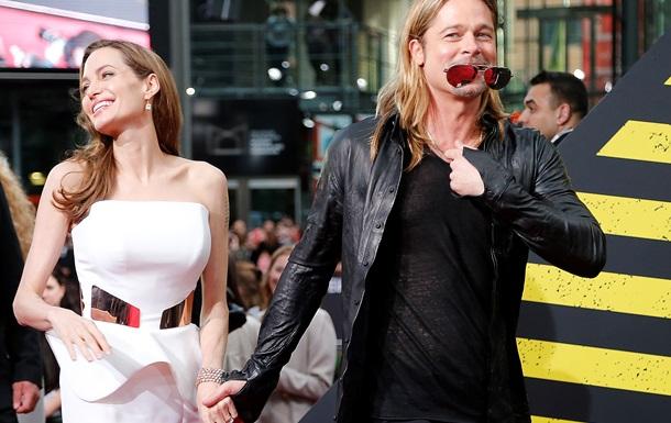 Джолі і Пітт заплатили 200 тисяч доларів за медовий місяць на самоті