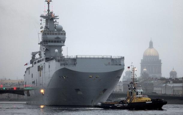 Франция передумала отправлять России первый корабль Мистраль
