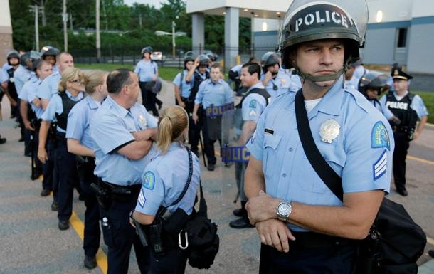 США проведут масштабное расследование работы полиции в Фергюсоне