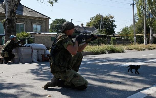В штабе АТО сообщают о новых обстрелах позиций силовиков