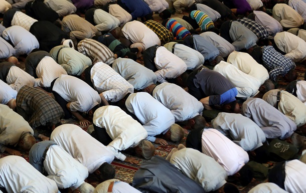 При обрушении мечети в Пакистане погибли 24 человека