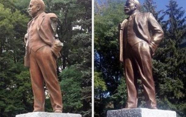В Харькове за ночь снесли два памятника Ленину