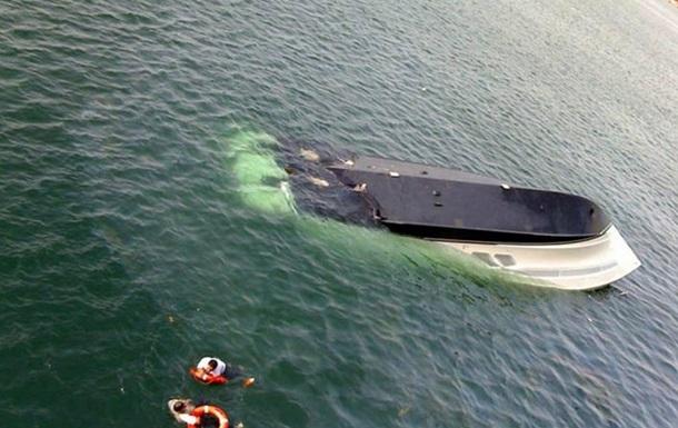 В Херсонской области столкнулись два судна, есть жертвы