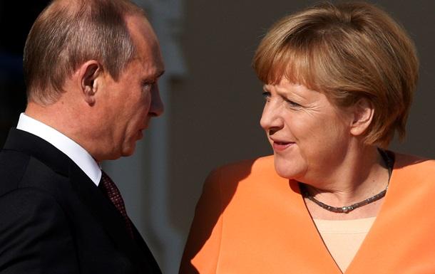 Меркель заявила Путину о необходимости вывода российских войск из Украины