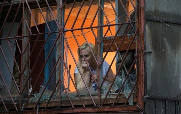 В Луганске появляются свет и телефонная связь