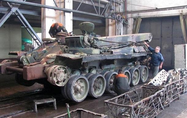 Львовский бронетанковый завод из-за АТО работает круглосуточно