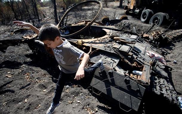Луганская область: деревни, стертые с лица земли - репортаж ВВС