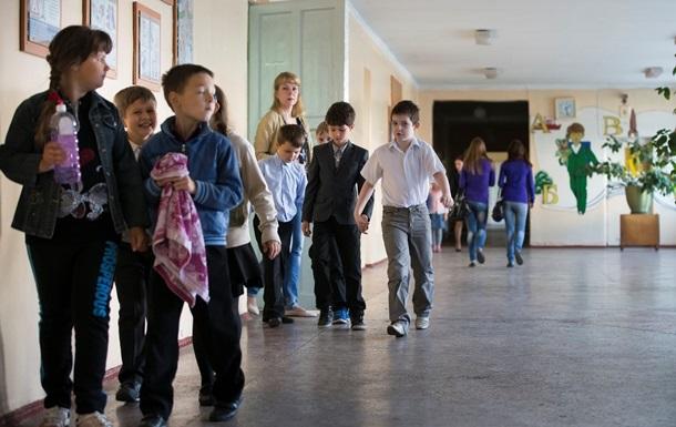 В Луганске работают всего семь школ