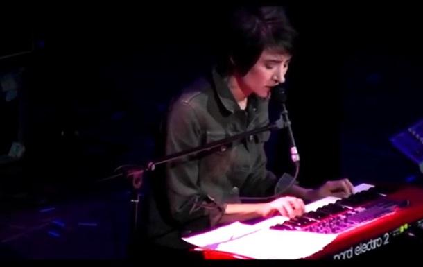 Земфира на концерте в Москве спела на украинском