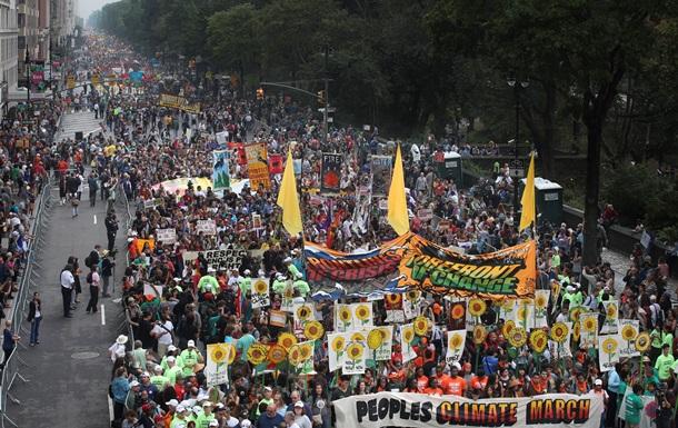 По всему миру проводятся марши против изменения климата