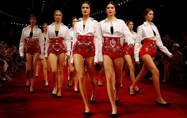 В Милане прошел показ Dolce&Gabbana весна-лето 2015