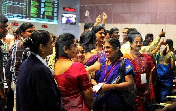 Индия вывела спутник на орбиту Марса