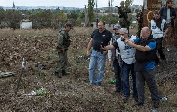 ОБСЕ не будет исследовать захоронения в Донбассе без судмедэкспертизы