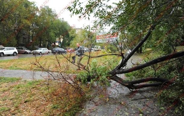 Более 200 населенных пунктов в Украине остаются без света