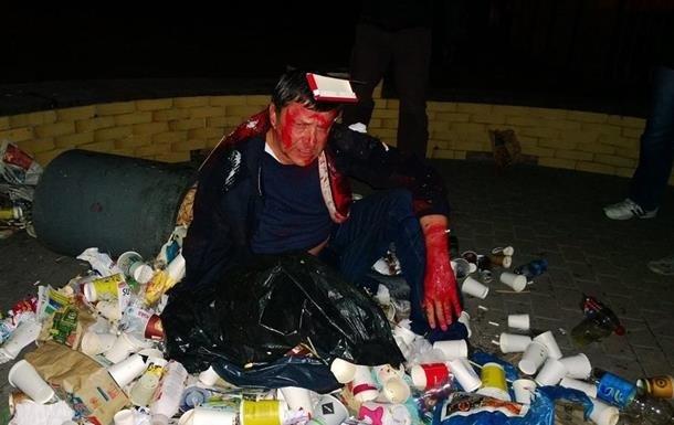 Депутаты и мусорные баки. Украиной шагает новый флешмоб