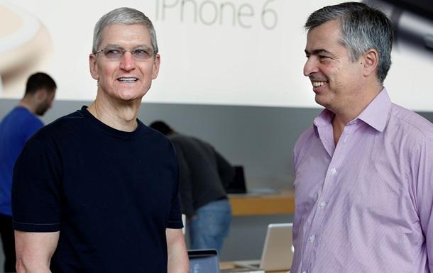 Топ-менеджеры Apple продают акции компании