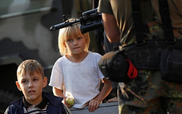 Порошенко: Диалог - единственный способ разрешить конфликт на Донбассе
