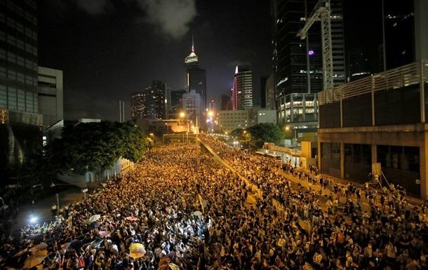 США призывают Китай к сдержанности по отношению к демонстрантам