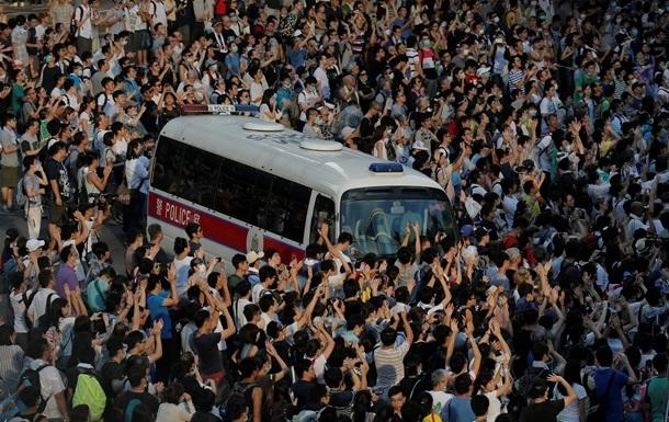 С начала беспорядков в Гонконге ранения получили более 50 человек