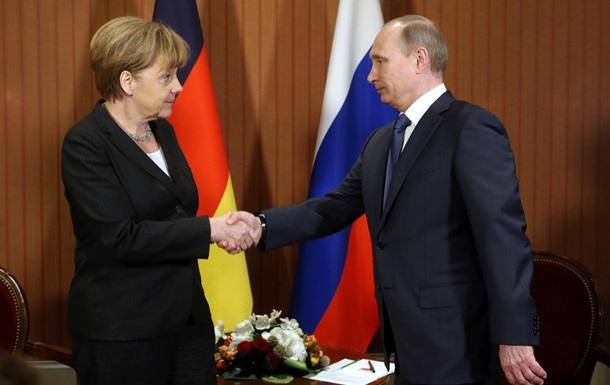 Путин и Меркель по телефону поговорили об Украине, газе и Эболе