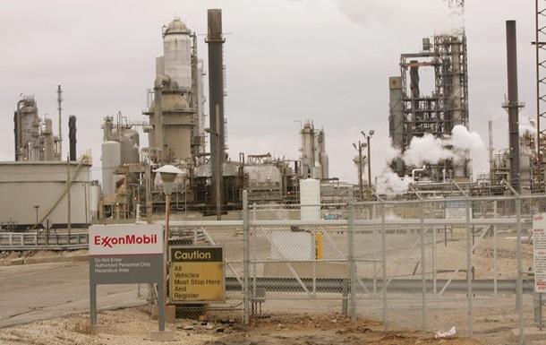 ExxonMobil заморозила проекты в Западной Африке из-за Эболы