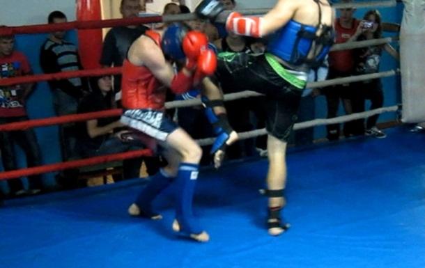 Чемпионат по тайскому боксу в Питере закончился массовой дракой и стрельбой