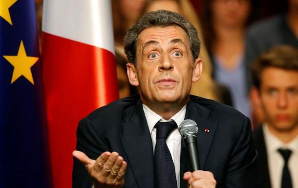 Саркози предлагает пересмотреть закон об однополых браках
