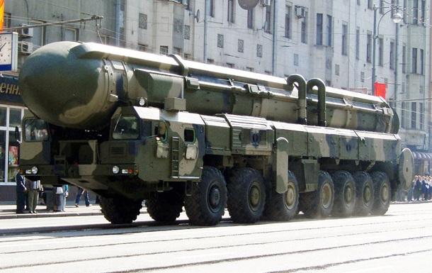 Россия начинает учения с  Тополем