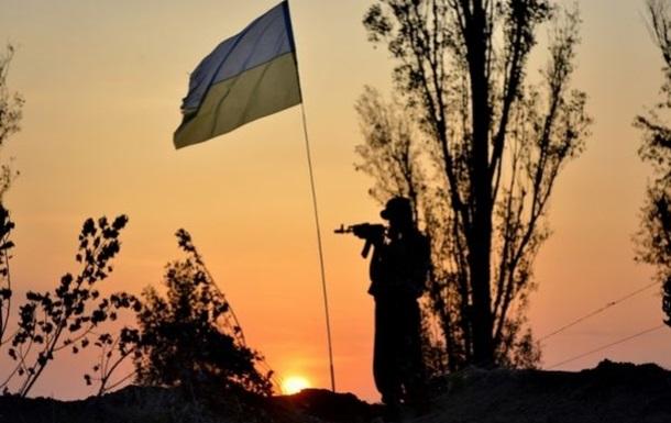 Силовики заявляют об обстрелах своих позиций в районе Счастья и Трехизбенки