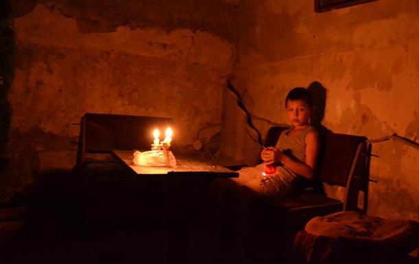 Экскурсия в бомбоубежище: как живут бездомные Донецка