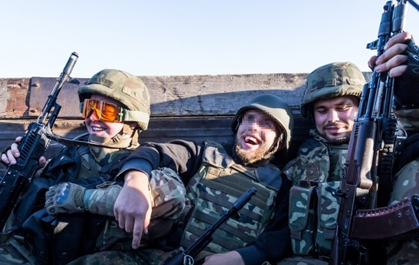 Легионеры  Азова : Как иностранцы воюют на Донбассе