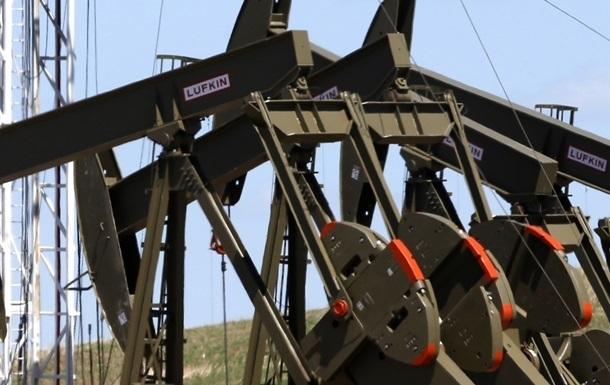 Нефть сегодня снижалась на биржах