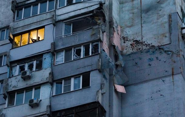 В Донецке снаряд попал в жилой дом, два человека погибло