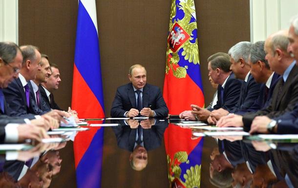 Путин поручил вернуть ВС с учений в Ростовской области