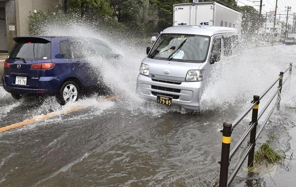 Тайфун  Вонгфонг : более 30 пострадавших на юге Японии